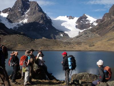 La Paz Sajama Uyuni Titicaca Condoriri Huayna Potosí trekking and climbing
